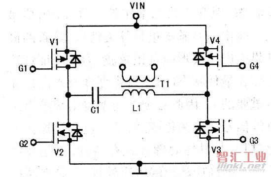 图13 4路激励脉冲   在t0-t1期间,V1、V3导通,V2、V4截止,电源经V1、C1、L1、V3形成电流回路,如图14所示。在此期间,流过L1的电流逐渐增大,Ll储能,其感应电动势为左正右负。